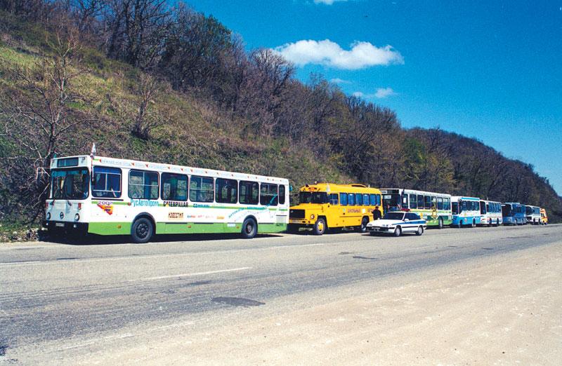 Автобусы в Сочи должны выходить на линии до 22 часов, маршрутные такси — до 23 ч